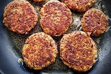 Vegetarische Burgerpatties aus Kidneybohnen