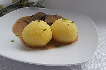 Kartoffelknödel halb und halb nach Uromas Art