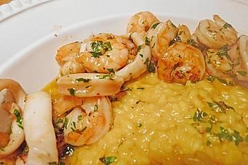 Safran - Risotto mit Calamaretti und Garnelen