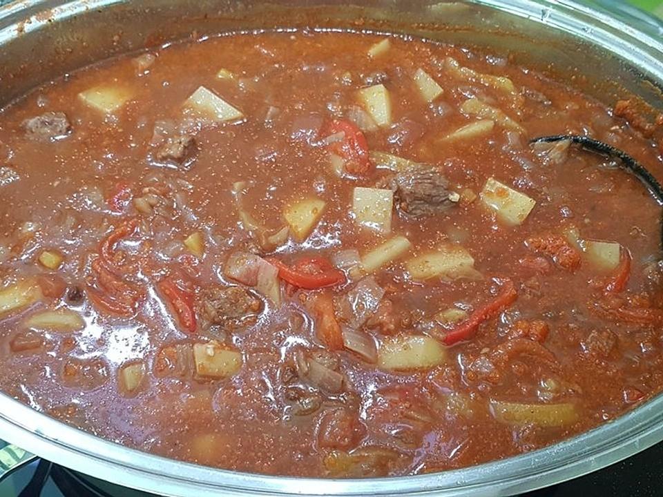 Personen koegeartlastops: 30 gulaschsuppe für Gulasch für