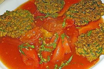 Sojabratlinge mit Tomatensoße