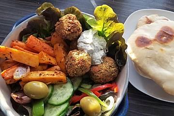Schnelle Falafel in Pitabrot