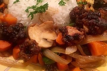 Asiatische Hähnchennuggets mit Gemüse