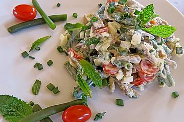 Fleischsalat vom Lamm mit grünen Bohnen in Minz-Senf-Joghurt-Sauce