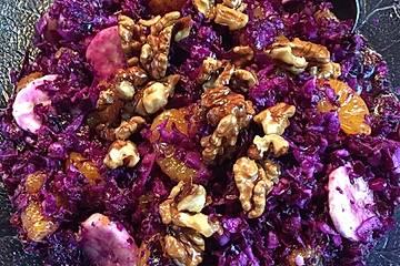 Rotkohl - Früchte - Salat (Rohkost)