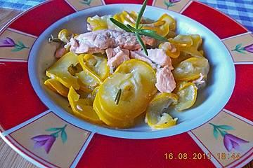 krümeltigers Zucchinipfanne mit Lachs