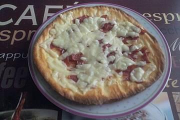 Superschneller Low carb Pizzaboden