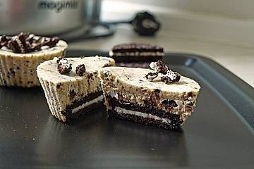 Mini Oreo Cheesecakes