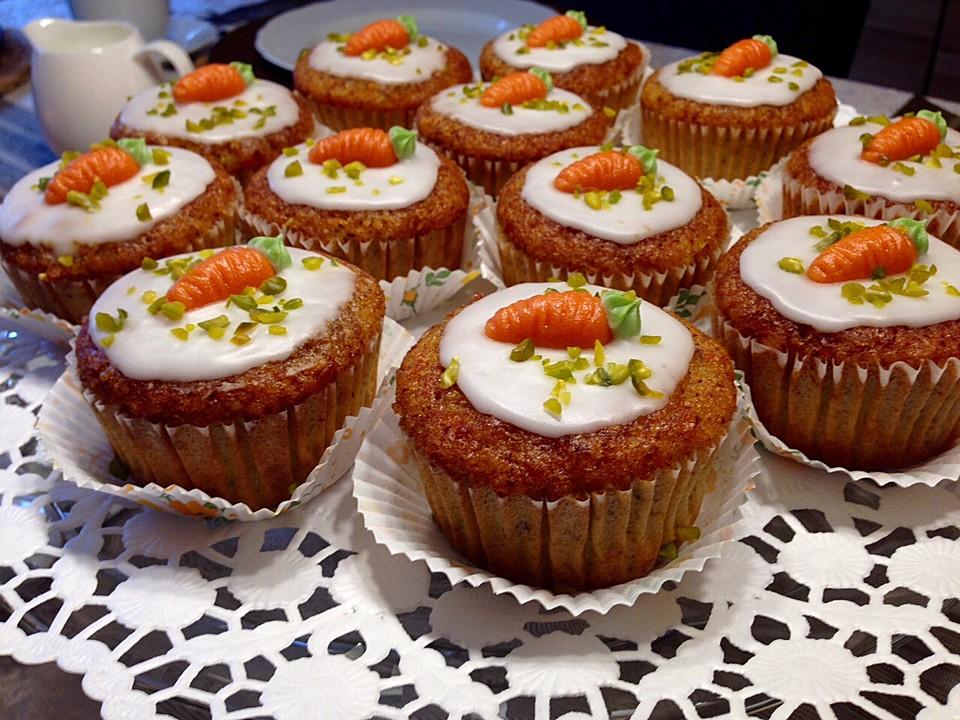 Saftiger Nuss Karotten Kuchen Rezepte Chefkoch De