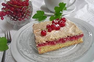 Johannisbeer-Baiser-Kuchen