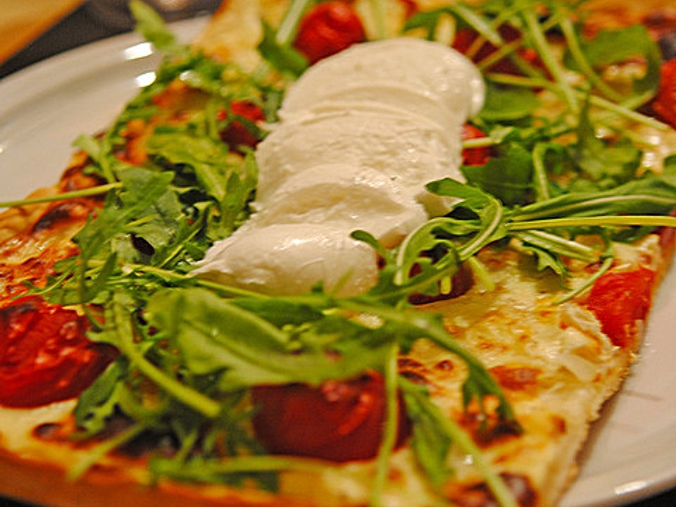 flammkuchen mit tomaten