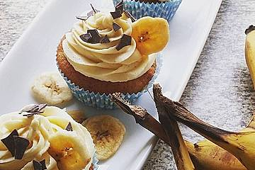 Banana-Split-Cupcakes