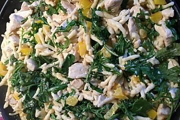 Hähnchenpfanne mit Limette und Rucola