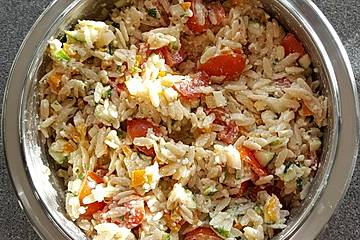 Griechischer Reisnudelsalat