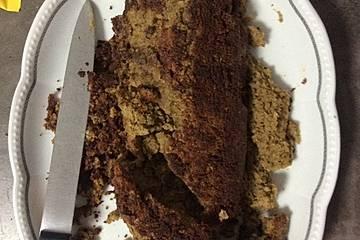 Walnuss-Pistazien-Kuchen