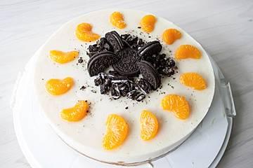 Vegane Mini-Prosecco-Mousse-Torte mit Mandarinen