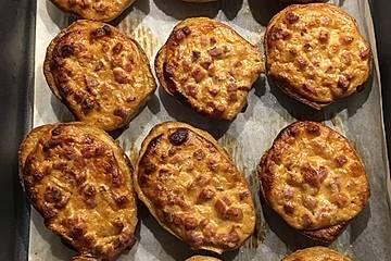 Ofenkartoffeln mit Schinken-Sauerrahm-Topping
