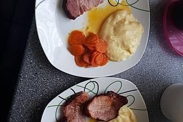 Kasseler mit Karottengemüse
