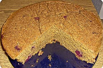 Mais-Amaranth-Kirschkuchen