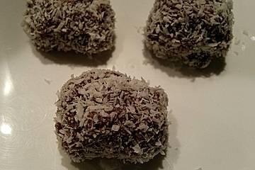 Schokomandelpralinen mit Kokosflocken