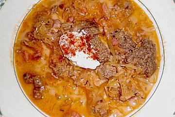 Sauerkrautsuppe mit Hackfleisch