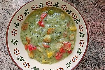 krümeltigers bunte Zucchinisuppe mit Paprika und  Kartoffeln
