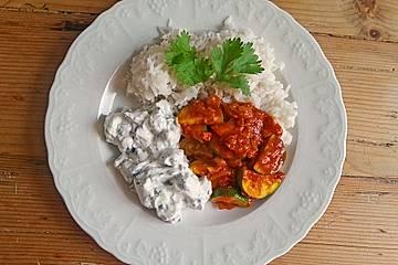Sommerliches Curry mit erfrischendem Joghurt-Raita