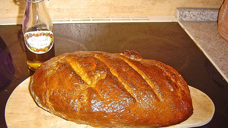 Brot mit Molke und Mandeln