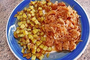 Krümeltigers Sauerkraut-Tomaten-Pfanne