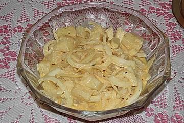 Ananas-Zwiebel-Salat