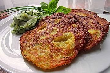 Käse-Tomaten-Pfannkuchen