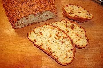 kuechlis glutenfreies Zwiebel-Speckbrot