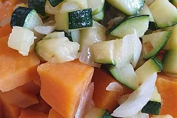 Cremiges Süßkartoffel-Geflügel Pfannengericht