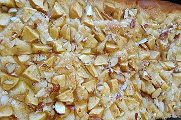 Apfel-Butterkuchen nach Omas Rezept