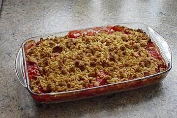 Erdbeer-Crumble-Cake