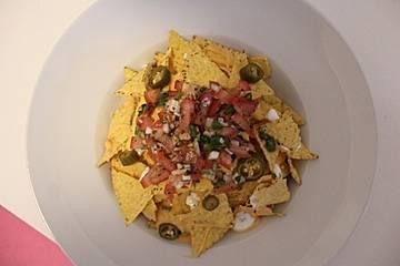 Nacho-Salat mit Tomatensalsa