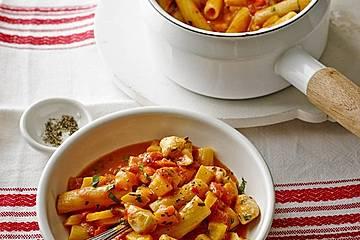 One Pot Penne mit Parmesan
