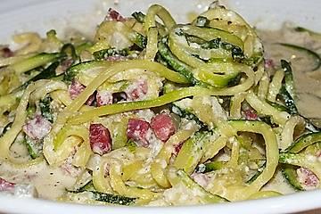 Zucchini-Spaghetti à la Carbonara