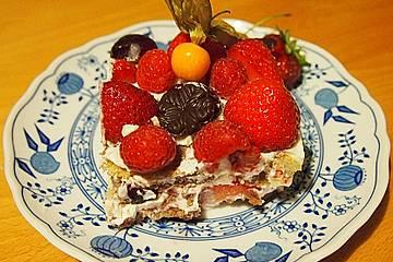 Beeren-Tiramisu mit Joghurt-Buttermilch-Creme