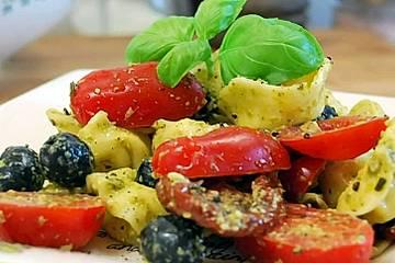 Tortellini-Pesto-Salat
