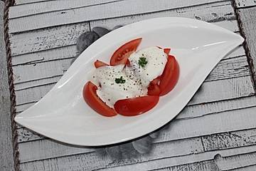 Tomaten-Joghurt-Salat