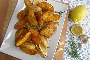 Zitronenkartoffeln aus dem Backofen