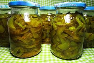 Eingelegte Curry-Kurkuma-Gurken