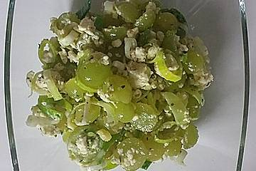 Herzhafter Weintraubensalat