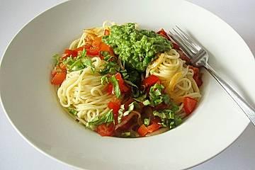 Spaghetti mit Erbsen-Minz-Sauce