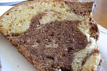 Leichter fettarmer Marmorkuchen mit Banane und Joghurt