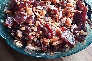 Low Carb Sattmachersalat aus Roter Bete, Sardinen und Linsen