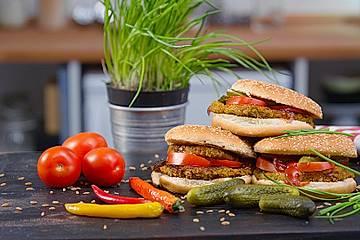 Saftiger, veganer Gemüseburger
