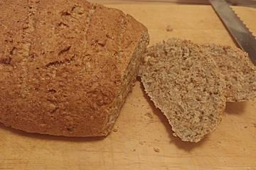 Fluffiges Weizenvollkorn-Brot