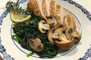 Hähnchen mit Spinat und Champignons